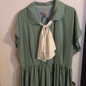 Lindy Bop mint green tie neck dress 16 NWOT